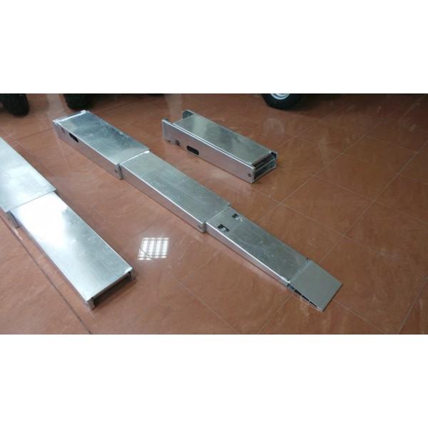 Kit rampe pieghevoli minima inclinazione rimorchio for Rampe pieghevoli alluminio